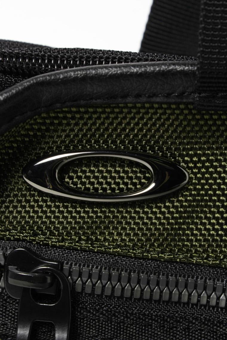 オークリー(OAKLEY) トートバッグ SKULL SMALLTOTE 14.0 スカル スモールトート  FOS900213-02E